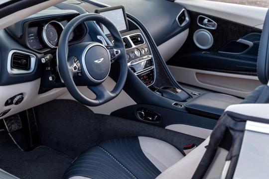 Interior Aston Martin Db11 V8 Volante Worldwide 2018 Pr