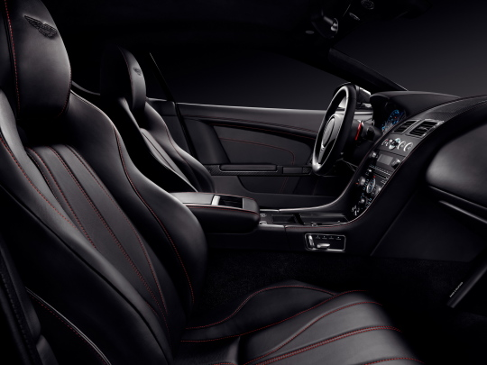 Interior Aston Martin Db9 Carbon Black 2014