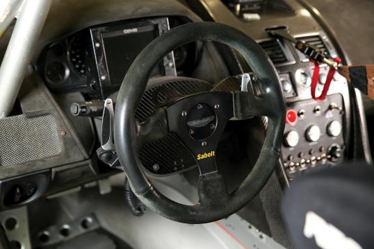 Interior Aston Martin V8 Vantage Gt4 2010 16